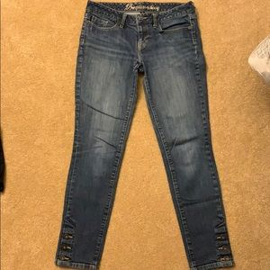 Gap Size 4/27r Jeans with Button detail